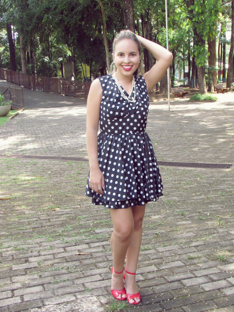 look-da-lary-vestido-de-poa-pin-up-lary-di-lua (2)