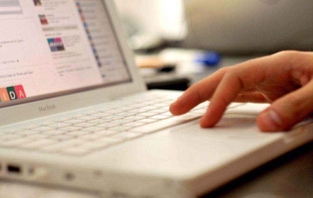 cursos-para-blogueiros-seo-html-lary-di-lua-1