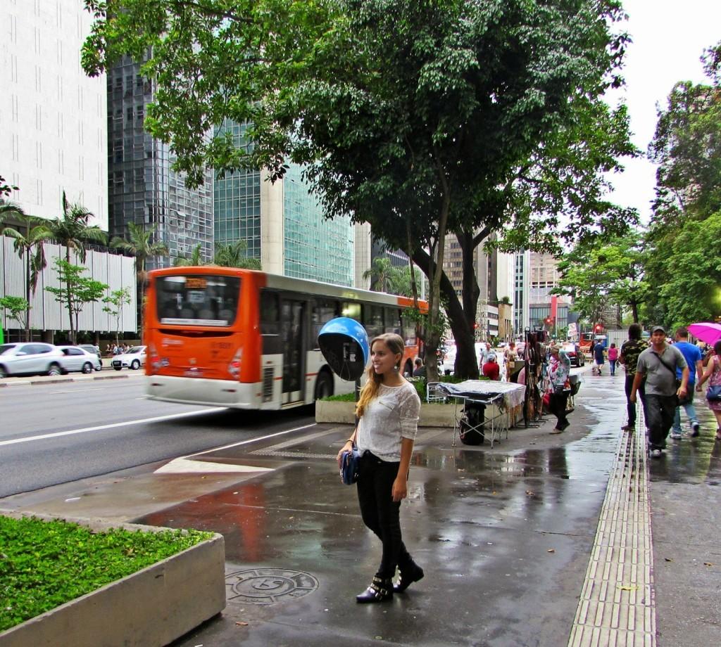 av-Paulista-look-lary-di-lua-2-1024x920