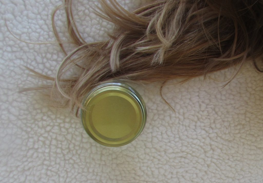 oleo-de-coco-para-os-cabelos-lary-di-lua-4