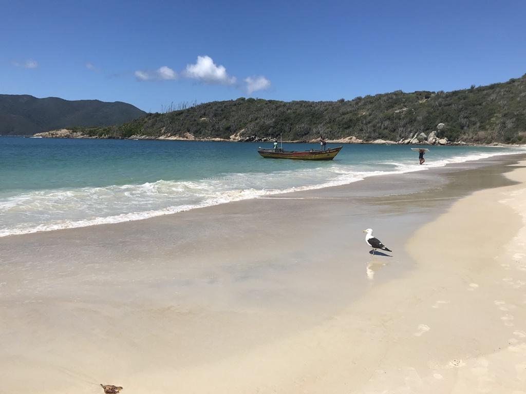 Praia do Forno Arraial do Cabo lary di lua